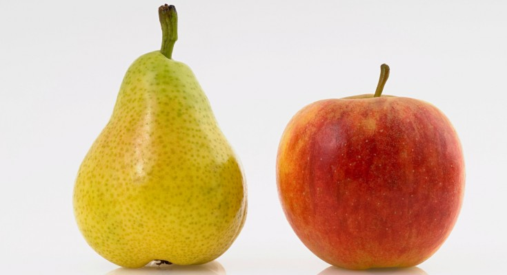 Apple and pear, studio shot - cutout